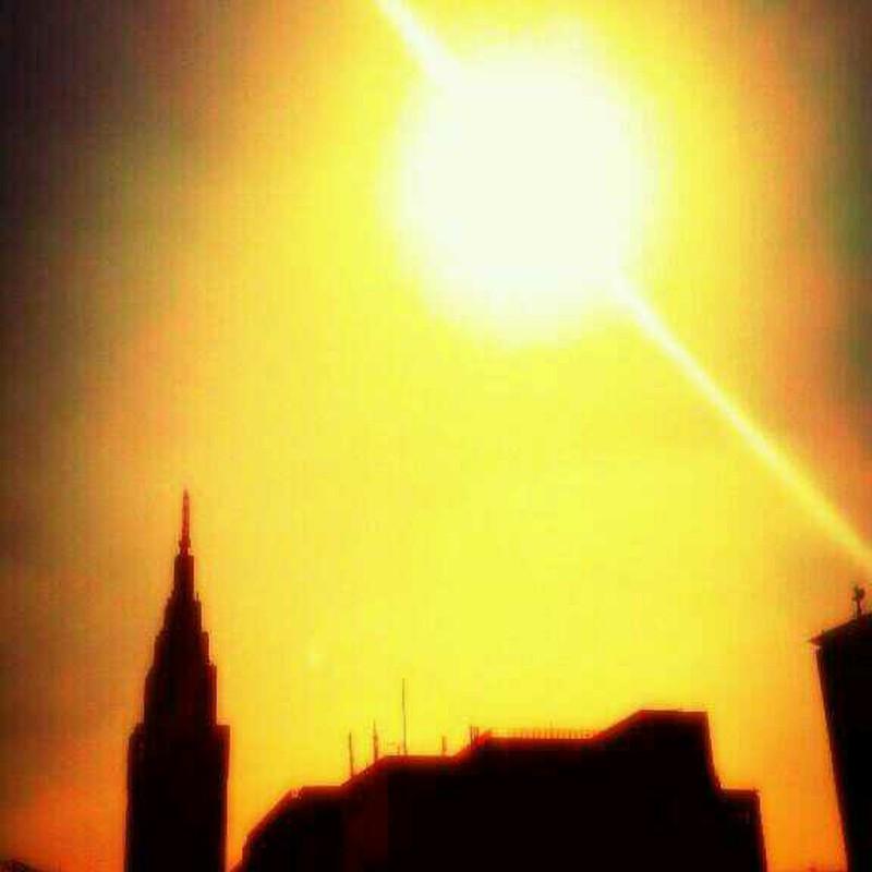 ある日、太陽が爆発した
