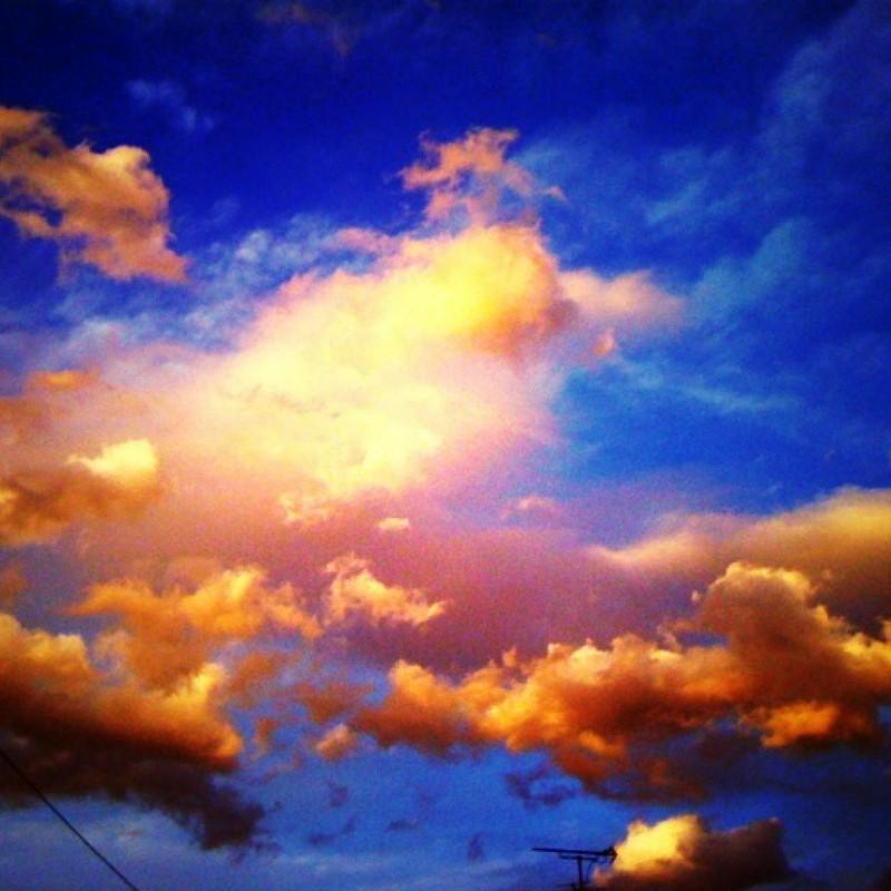 蒼と橙色の夕空