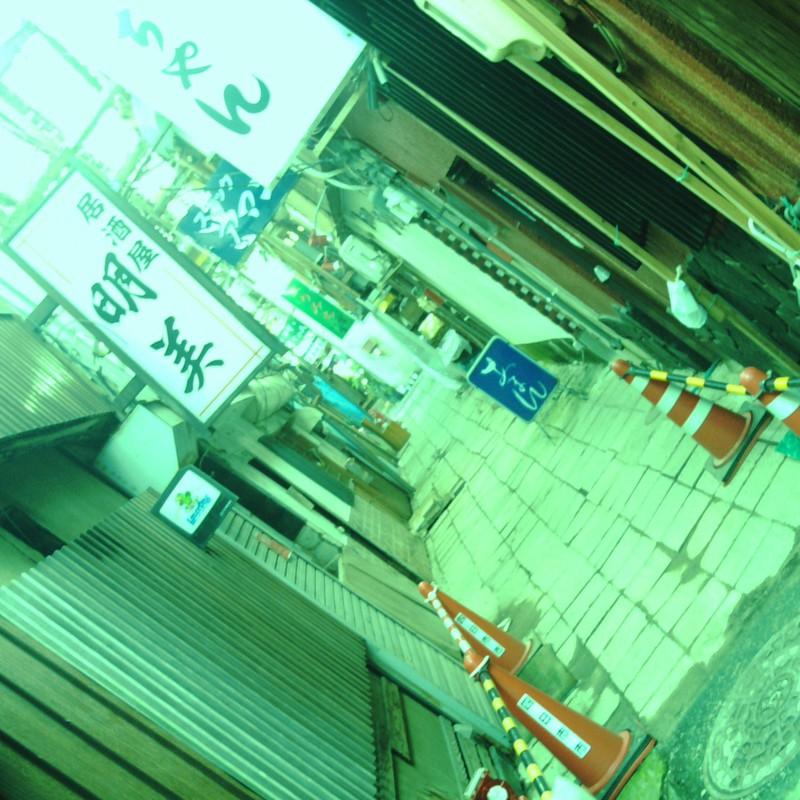廃墟の商店街