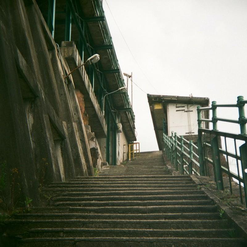 秘境駅の階段