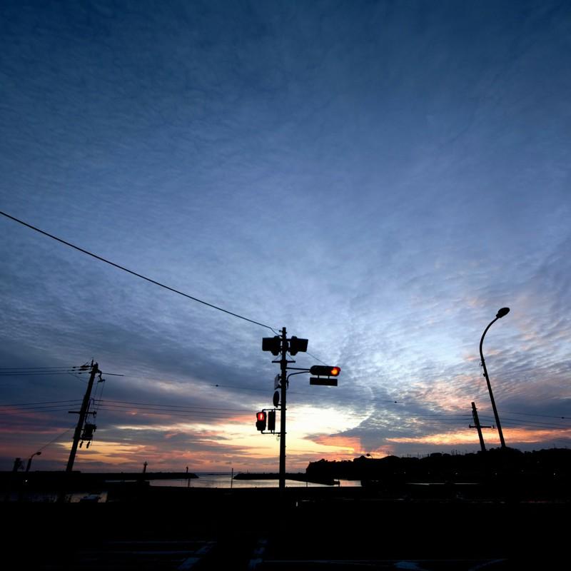 空と赤信号