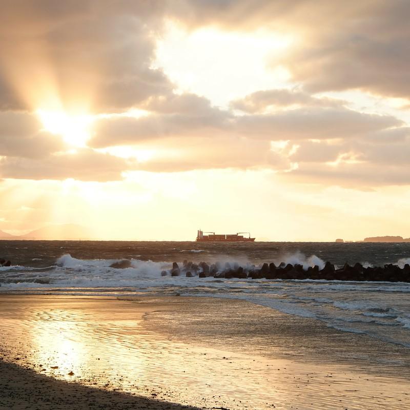 響灘の夕暮れ